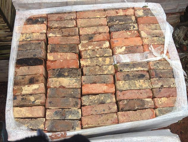 Bricks For Sale >> 30 000 Reclaimed Multistock Bricks For Sale New Stockreclaimed