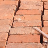 9,500 Finchley London Red Bricks - 11 August 2014