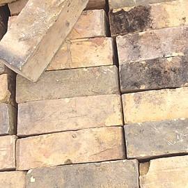 20,000+ Reclaimed Yellow Gault Bricks | 1st October 2014